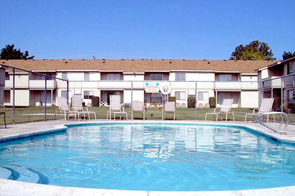 Phoenix Manor: 425 S Olympia St, Kennewick, WA