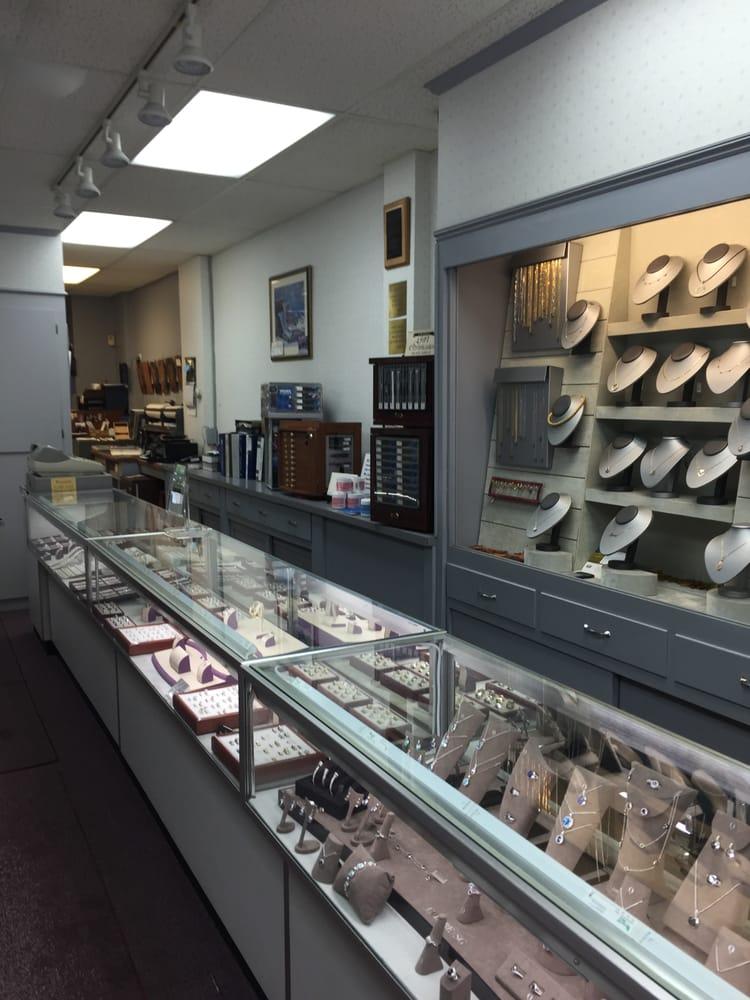 crosby jewelers 12 photos 13 reviews jewelry 1496 ForJewelry Store Needham Ma