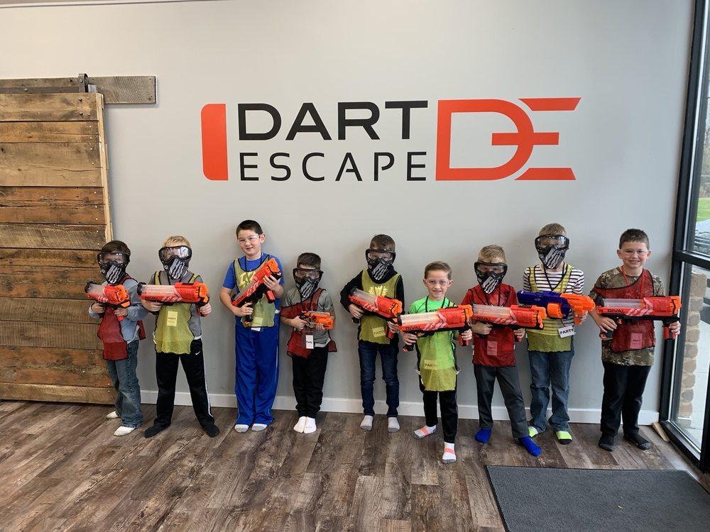 Dart Escape: 3115 Hadley Ave N, Oakdale, MN