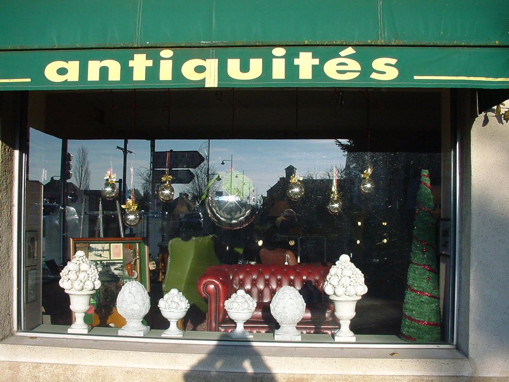 h len antiquit s antiquaires 31 rue nationale gu c lard sarthe num ro de t l phone yelp. Black Bedroom Furniture Sets. Home Design Ideas