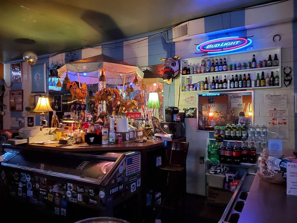 Carousel Lounge: 1110 E 52nd St, Austin, TX