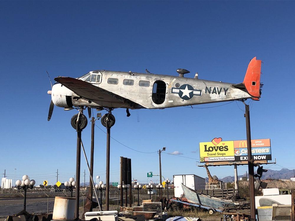 Whoopee Bowl  Antique Mall: 9010 N Desert Blvd, Canutillo, TX