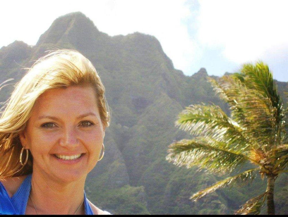 Teresa Blindert: 1001 Buchanan Dr, Burnet, TX