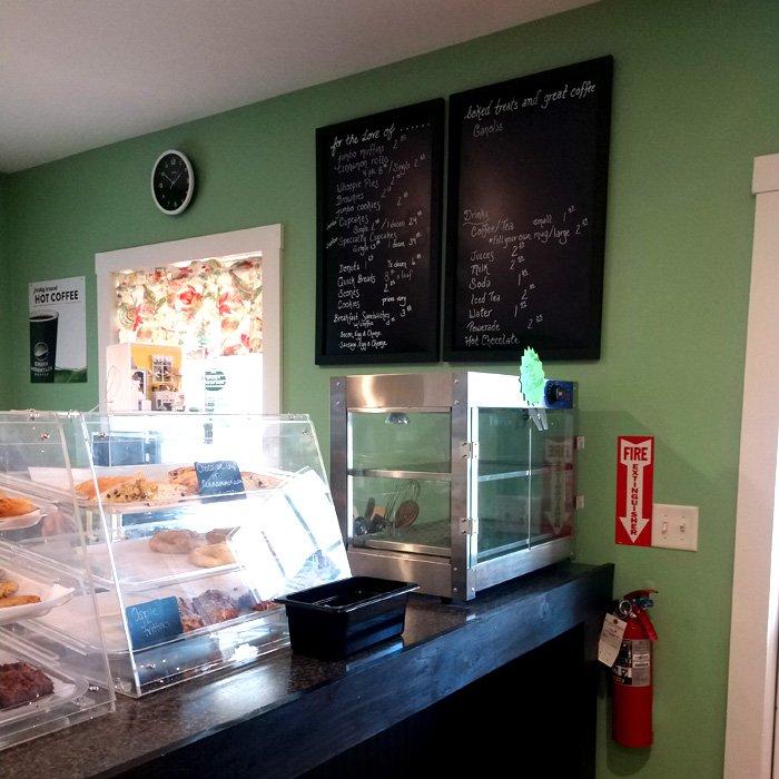 Two Girls Bakery & Gift Shop: 206 Henniker St, Hillsboro, NH