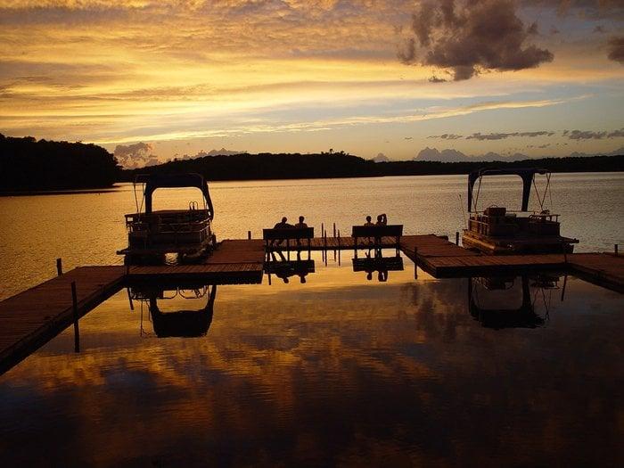 Ross' Teal Lake Lodge: 12425 N Ross Rd, Hayward, WI