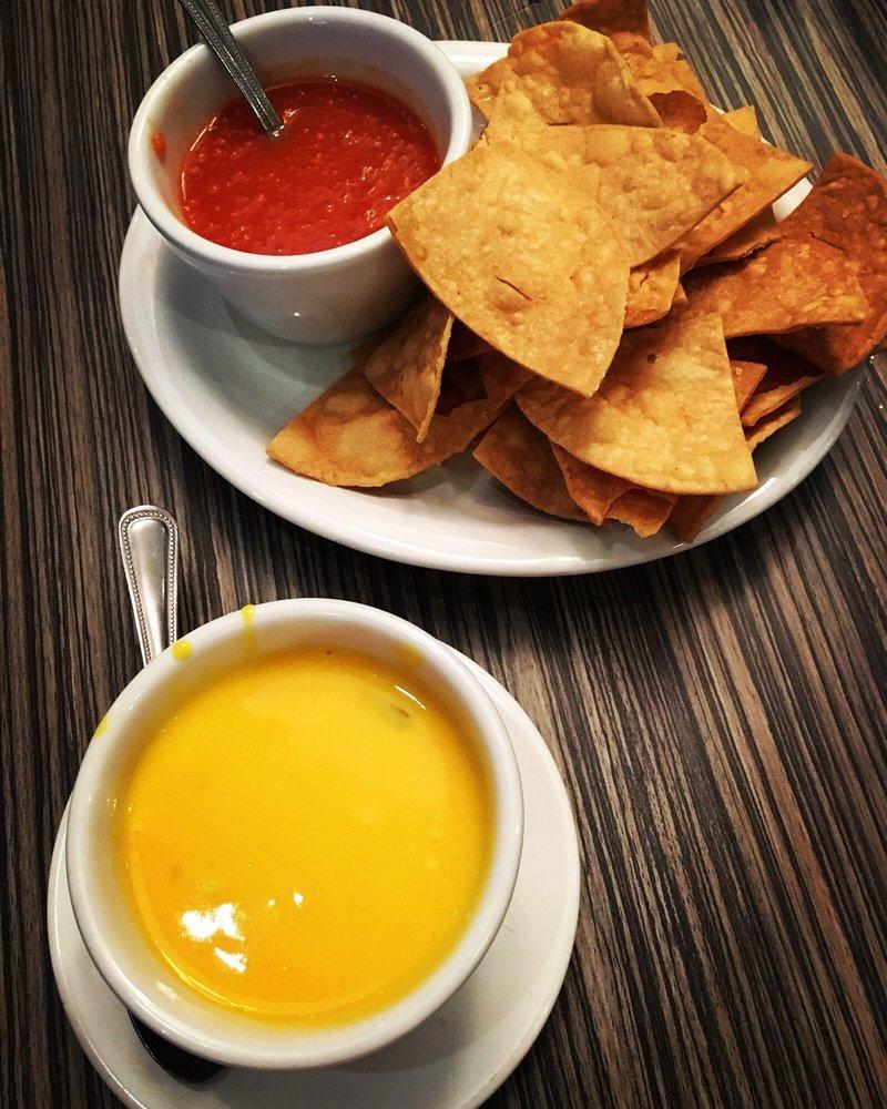 Arturo's Bar & Grill: 2303 W Expressway 83, Weslaco, TX