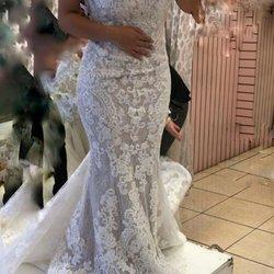 Modern bride 104 photos 134 reviews bridal 1028 for Santee alley wedding dresses