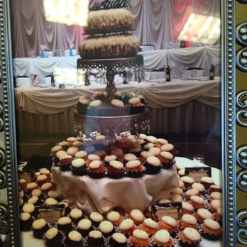 Photo Of Nothing Bundt Cakes Naperville Il United States Cake Wedding