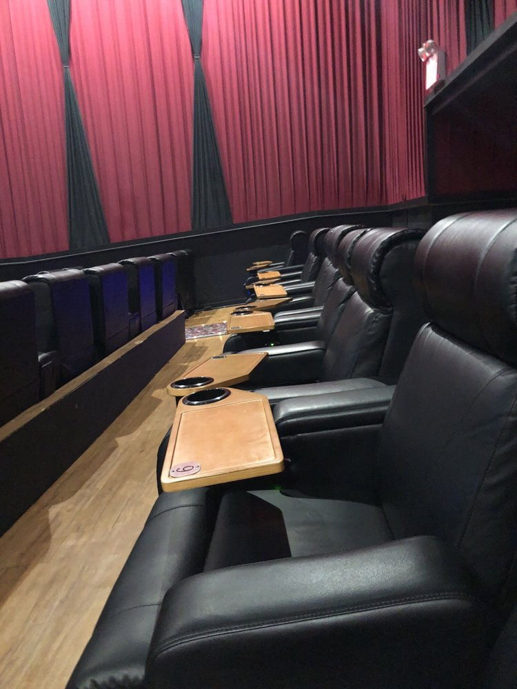 Touchstar Cinemas - Spring Hill 8: 2955 Commercial Way, Spring Hill, FL