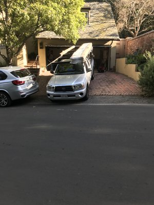 Ae Garage Door Repair Get Quote Garage Door Services 2850 Ne