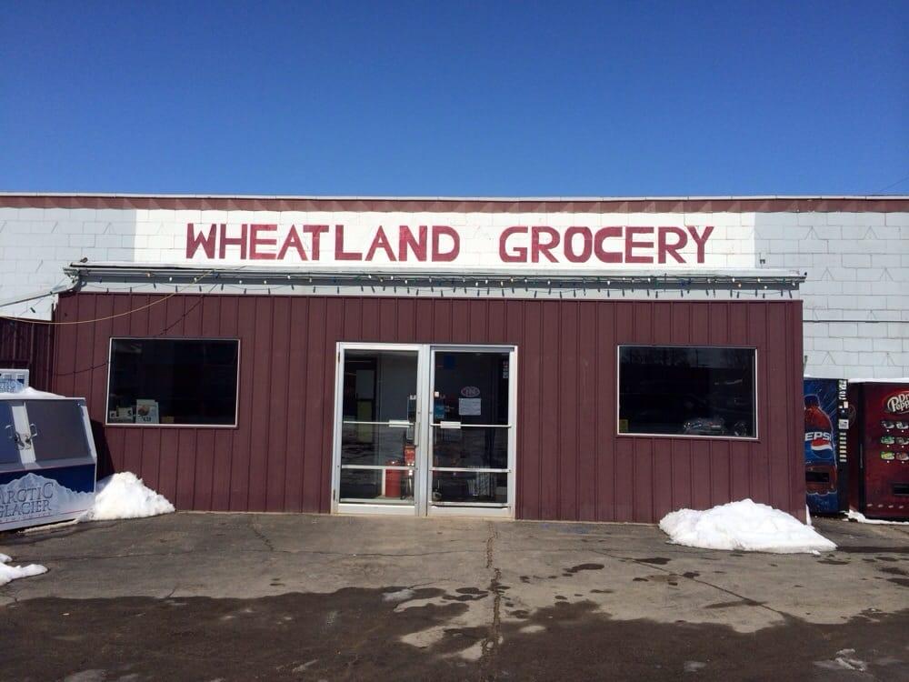 Wheatland Grocery & Meats: 112 E Washington St, Wheatland, IA