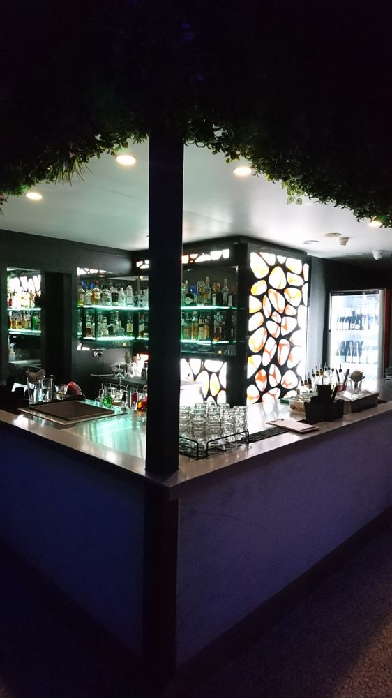Sixteen Antlers Rooftop Bar: Pullman Brisbane King George Square, Brisbane City, QLD