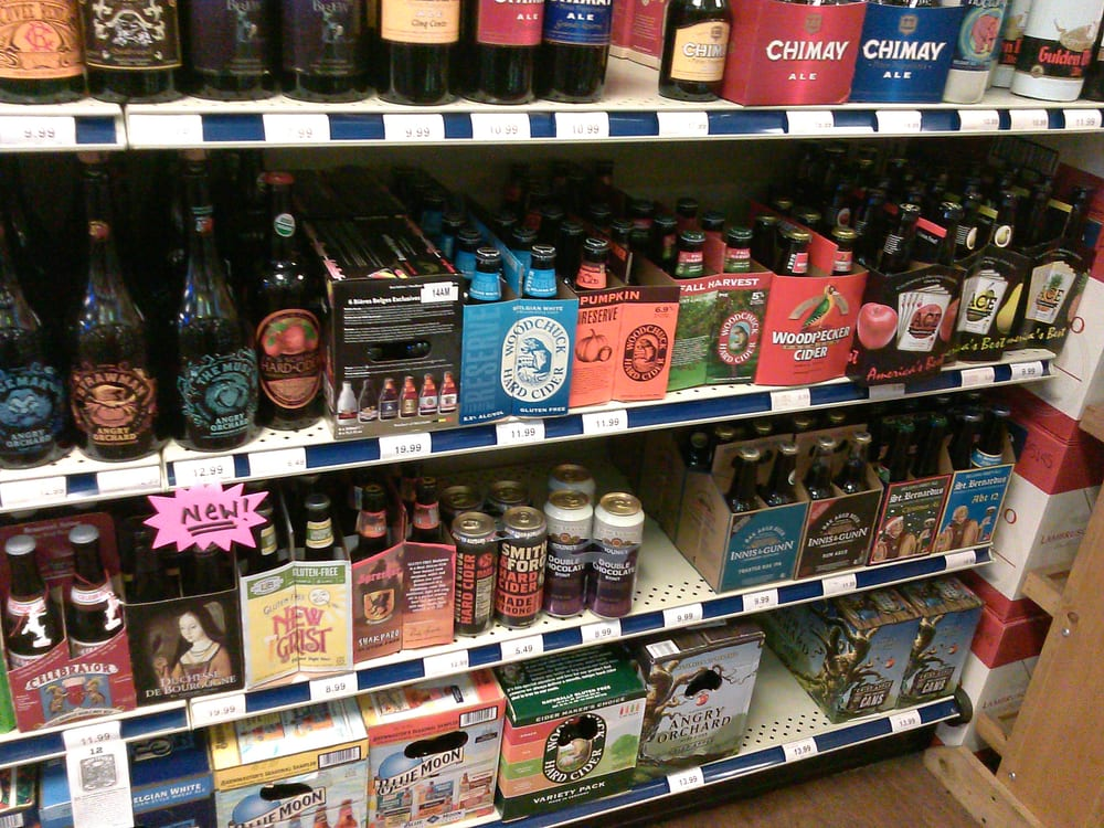 Warehouse Package Store: 1005 Pine Ave, Albany, GA