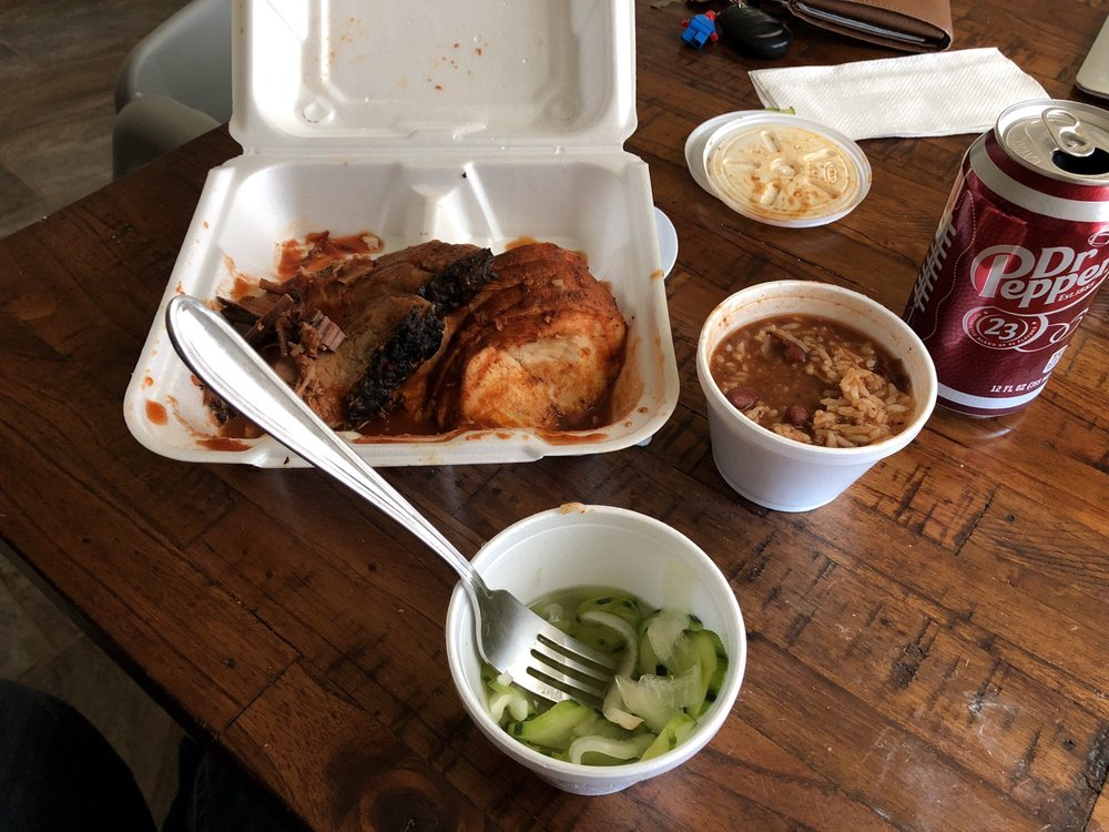 Pit Stop Barbeque: 502 S 1st St, Temple, TX