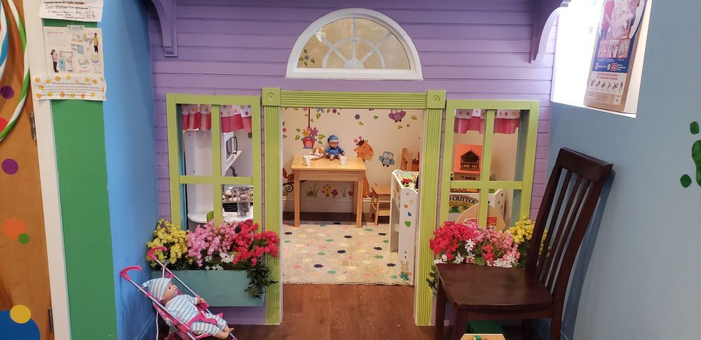 Lucky Duck Toys: 832 W Lancaster Ave, Bryn Mawr, PA