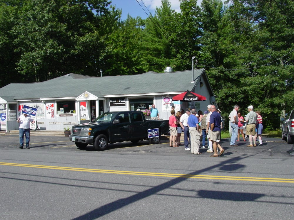 Homestead Grocery & Deli: 432 Boston Post Rd, Amherst, NH