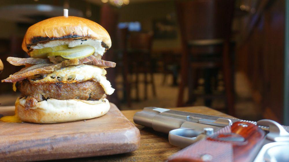 Knighthawk Burger Bistro: 28392 N Ballard Dr, Lake Forest, IL