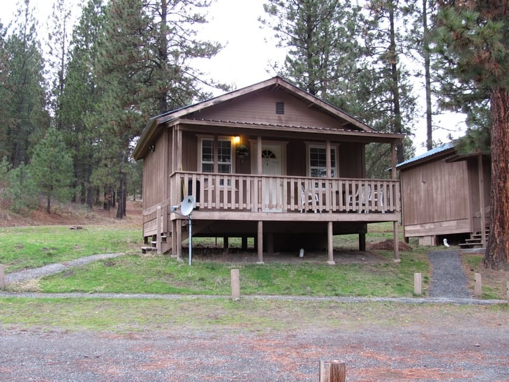 Blue Moose Lodging: 24387 Hwy 395 N, Kettle Falls, WA