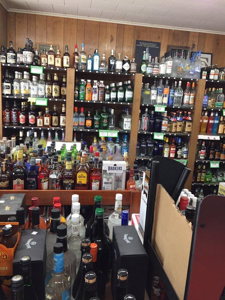 Main St Wine & Liquor: 137 S Main St, Naples, NY