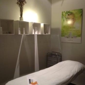 número de teléfono sala de masaje salida