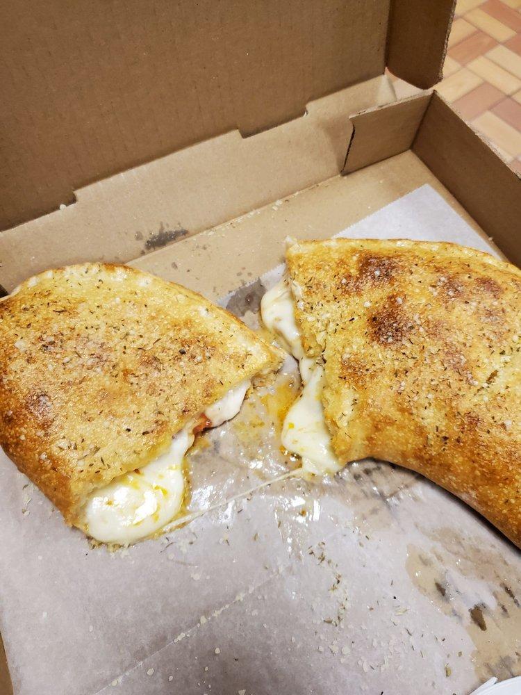 Chris's Pizza: 500 E Providence Rd, Aldan, PA