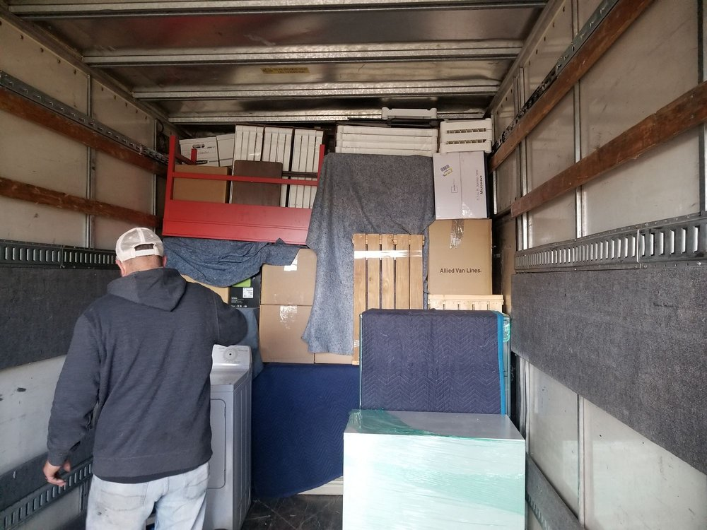 A & M Moving