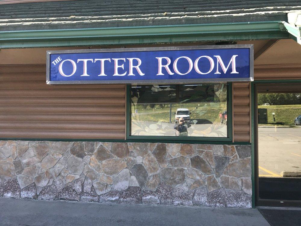 Otter Room: 575 Sterling Hwy, Homer, AK