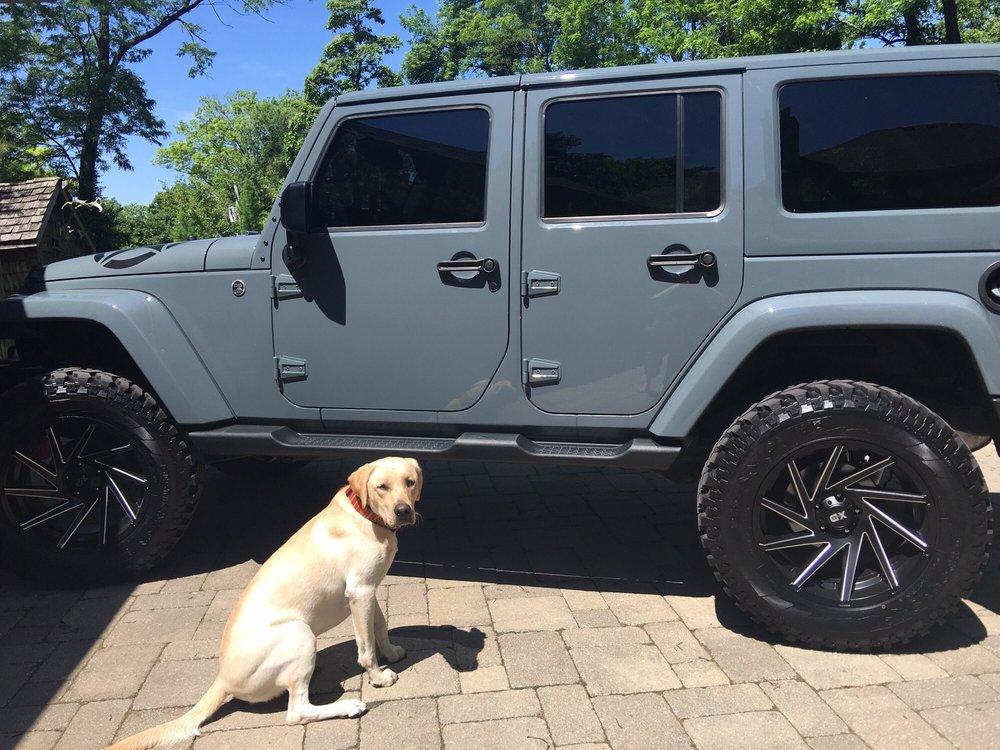 Hollywood Motor: 9500 Saint Charles Rock Rd, Breckenridge Hills, MO