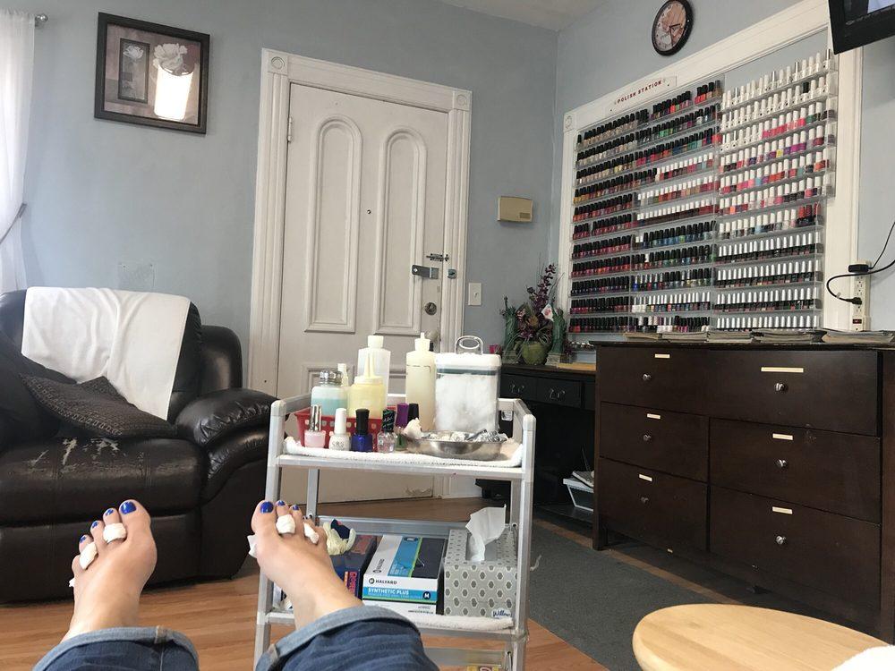 Pretty Nail Salon: 337 Main St, Bennington, VT