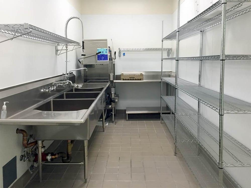 Kitchen 1014: 16695 E 14th St, San Leandro, CA