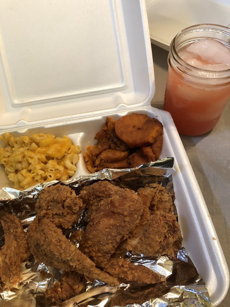 Lorraine's Taste of the South: 36 E Baltimore Ave, Lansdowne, PA