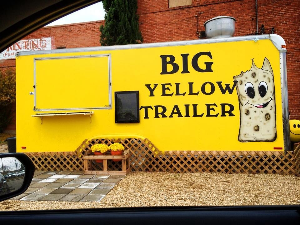 Big Yellow Trailer: 207 S Gregg, Big Spring, TX