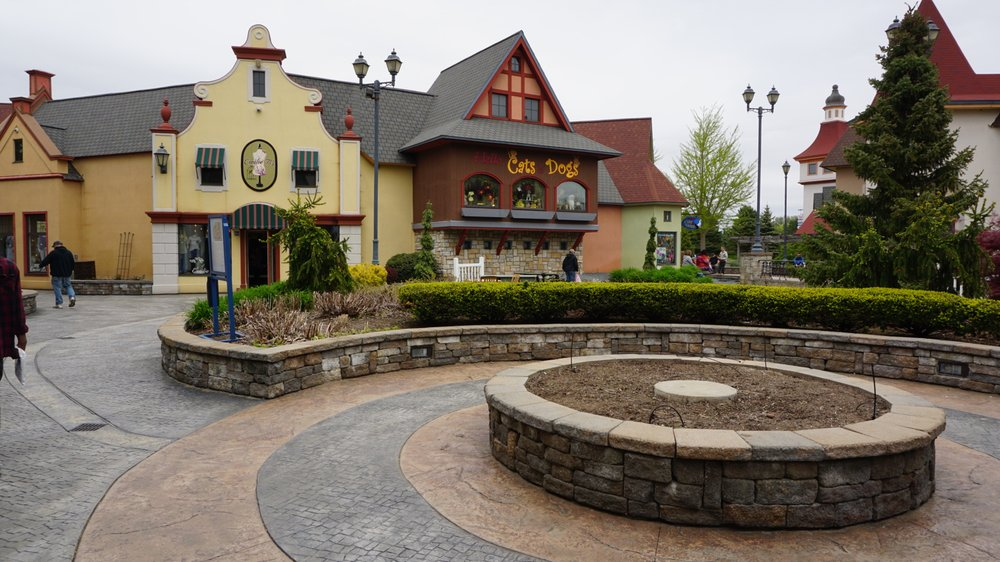 Frankenmuth River Place: 925 S Main St, Frankenmuth, MI
