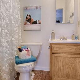Bathroom Fixtures Johnson City Tn heights at 1301 - university housing - 1301 seminole dr, johnson