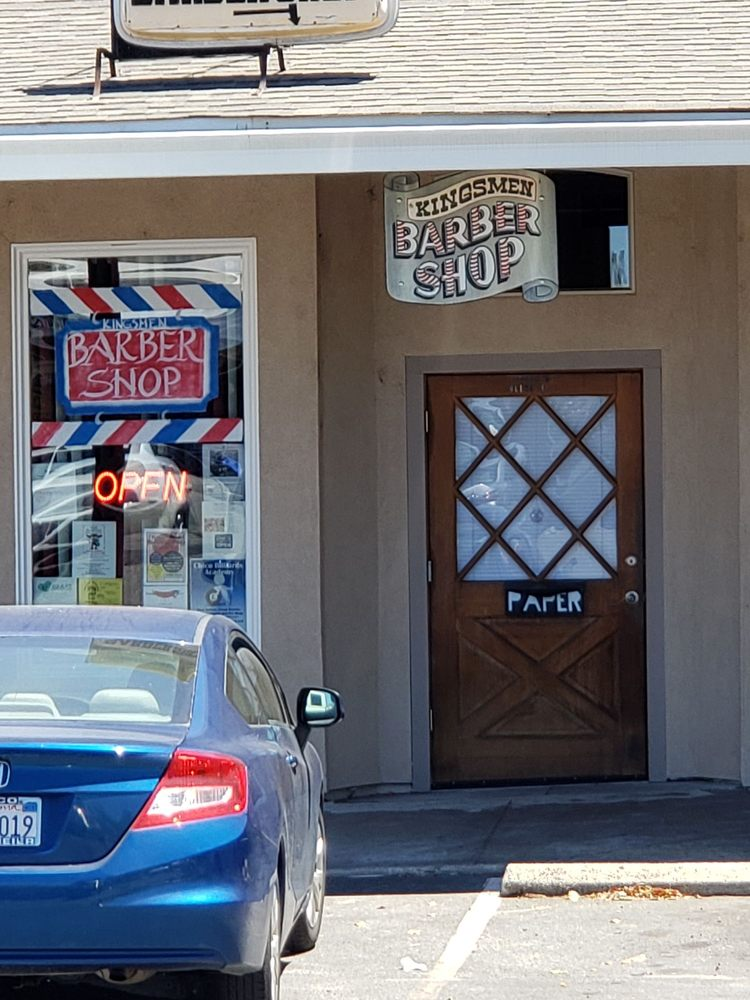 Kings Men Barber Billiard & Arcade: 2588 Olive Hwy, Oroville, CA