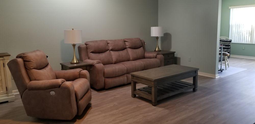 Kent Furniture: 10651 SE US Highway 441, Belleview, FL