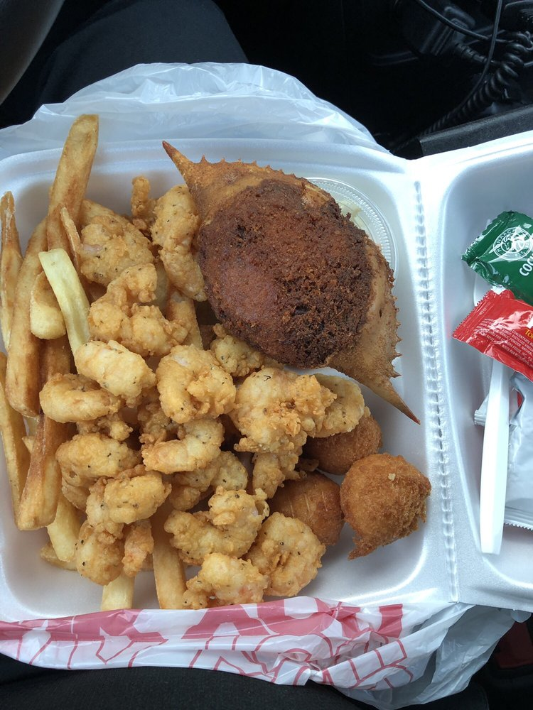 Food from Shelley's Seafood