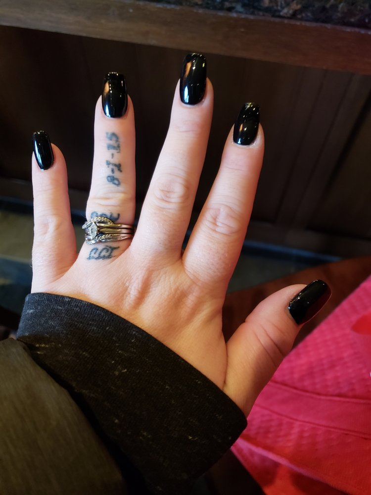 Michelle's Nails and Spa: 4111 Durand Ave, Racine, WI
