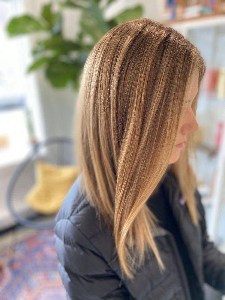 Kindred Hair + Beauty: 510 E Main Rd, Middletown, RI