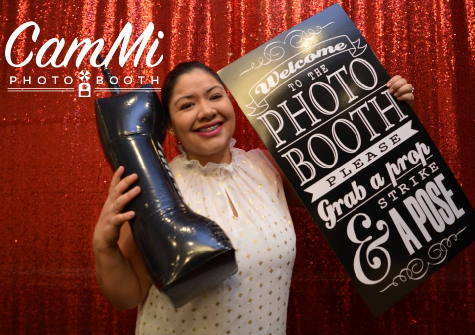 CamMi Photo Booth: Aurora, IL