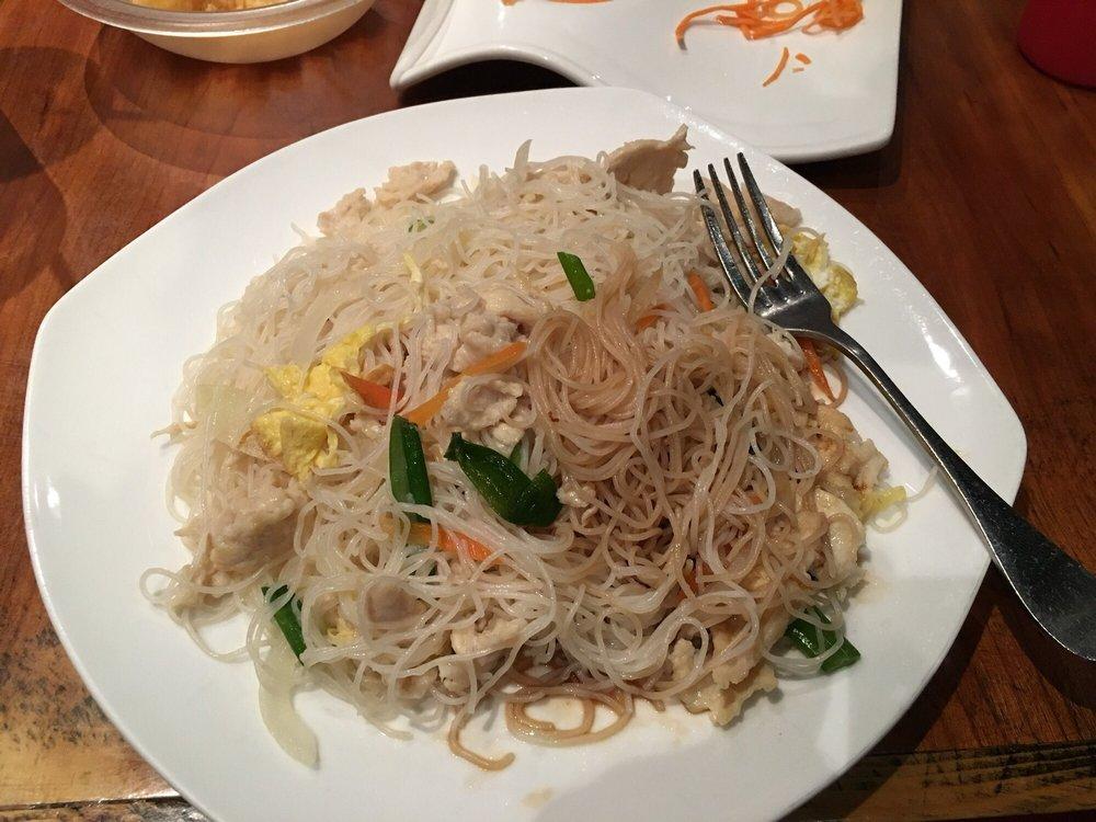 Rice Chinese & Sushi: 15 Laurel Canyon Village Cir, Canton, GA