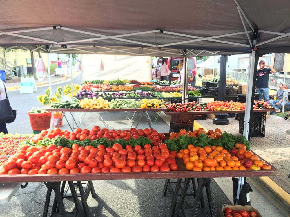 Herndon Farmers Market: 765 Lynn St, Herndon, VA