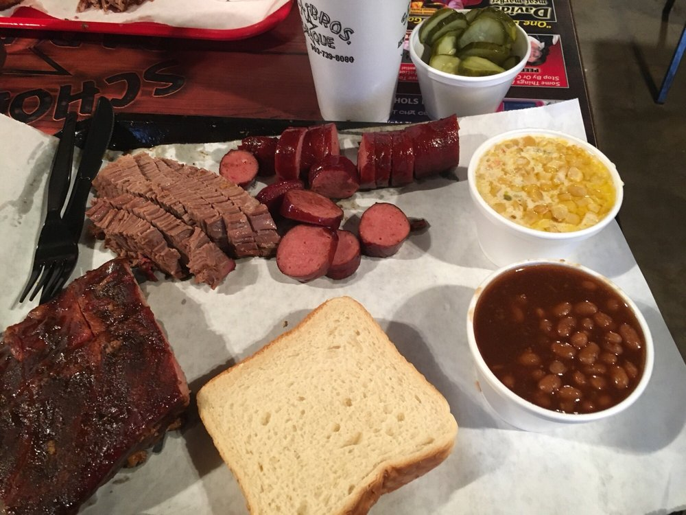 Scholl Bros Bar-B-Que: 1528 Lamar Ave, Paris, TX