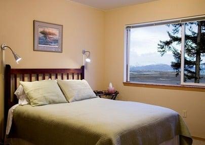 Bay Avenue Bed & Breakfast Inn: 1393 Bay Ave, Homer, AK