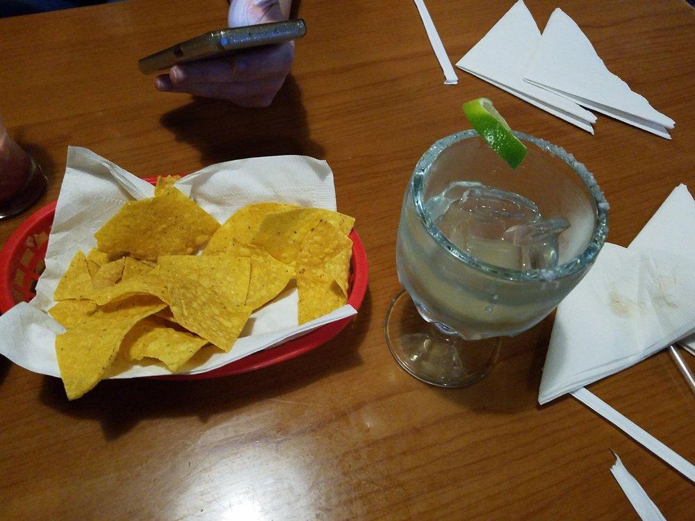 Rita Bar and Grill: 789 Moncrief Dr, Tupelo, MS