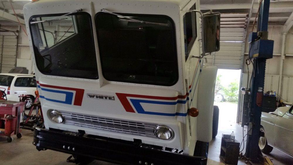 Lone Star Truck Group: 501 W Overland Trl, Abilene, TX