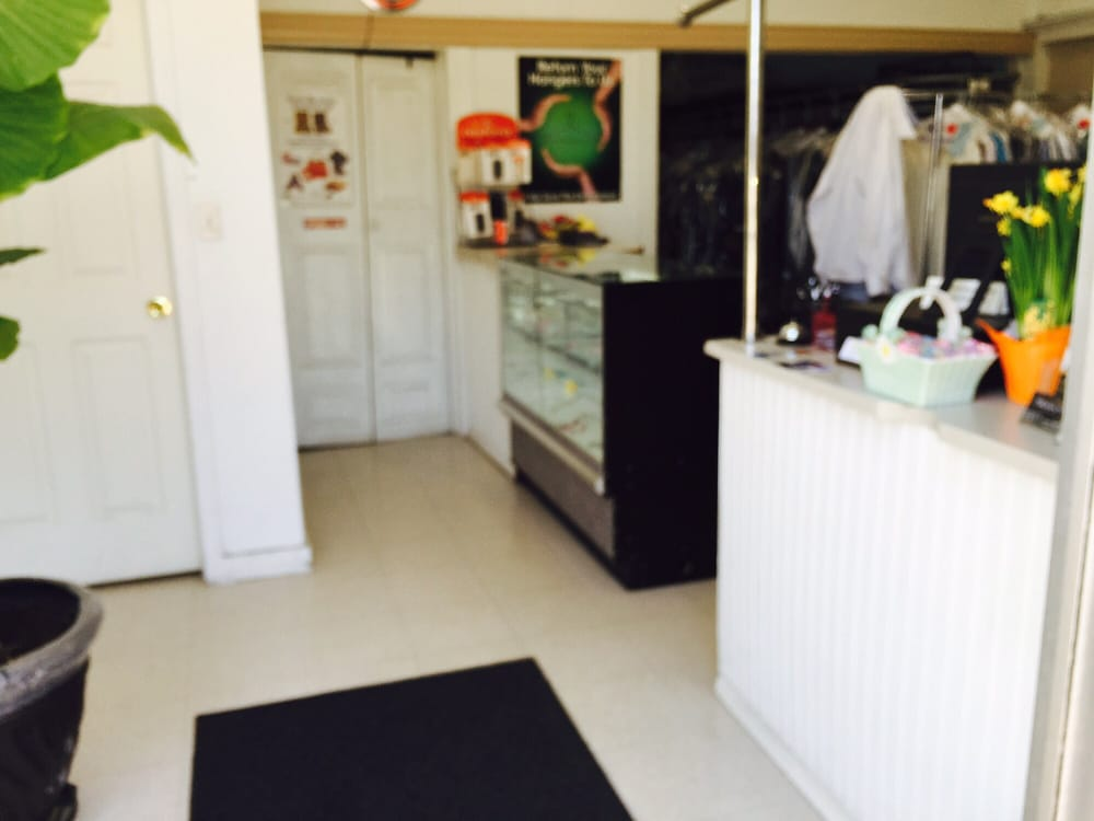 Kentwood Dry Cleaners: 5151 Kalamazoo Ave SE, Grand Rapids, MI