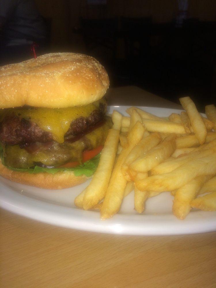 Mann Creek Cafe: 1498 Hwy 95, Weiser, ID