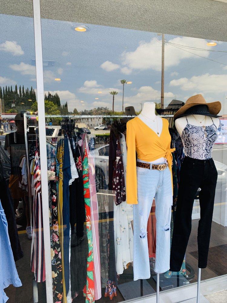 Vintage Vogue: 2220 W Whittier Blvd, La Habra, CA