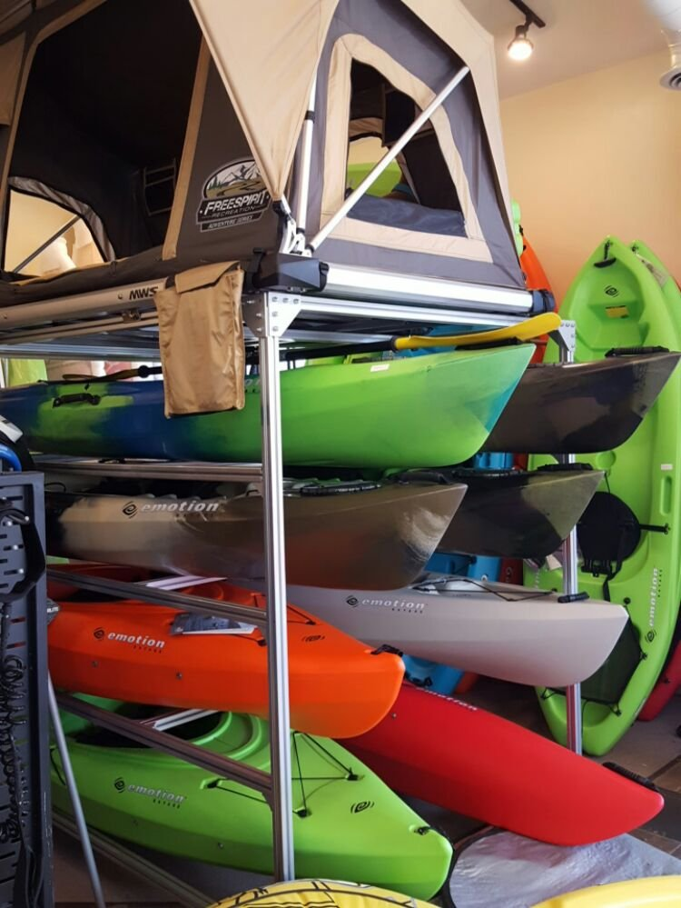 Mountain Water Snow Sports: 170 SW Scalehouse Lp, Bend, OR